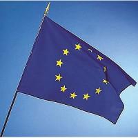 DRAPEAU EUROPE hampe bois