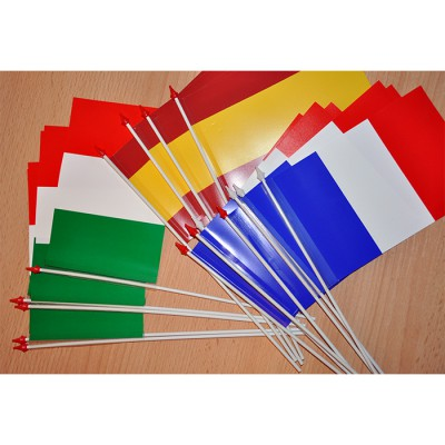 DRAPEAU suisse 10x16cm plastique